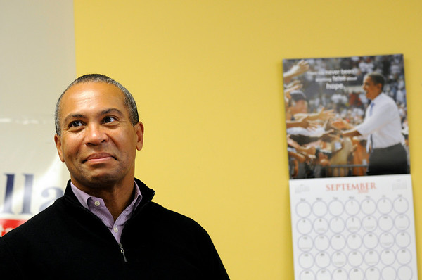 Beverly:  Governor Patrick kicks off his campaign with a stop at the  Beverly Democratic campaign office. photo by Mark Teiwes / Salem News