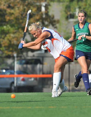 Salem: Salem State's Kristin Santanello of Swampscott winds up to send the ball upfield.  photo by Mark Teiwes / Salem News