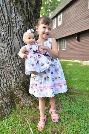 Topsfield: Hannah Linda Fullerton, 3, of Middleton holds her doll, also named Hannah.  photo by Mark Teiwes /  Salem News