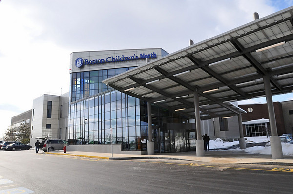 Peabody:  The new Children's Hospital North building in Peabody opens Monday  photo by Mark Teiwes / Salem News