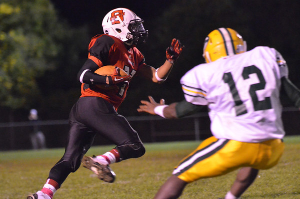 Salem: Salem's Shakir White returns a kick off for a touchdown.  photo by Mark Teiwes / Salem News