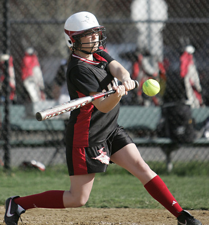 Salem: Shylah Maloney swing for a hit and RBI.  photo by Mark Teiwes / Salem News