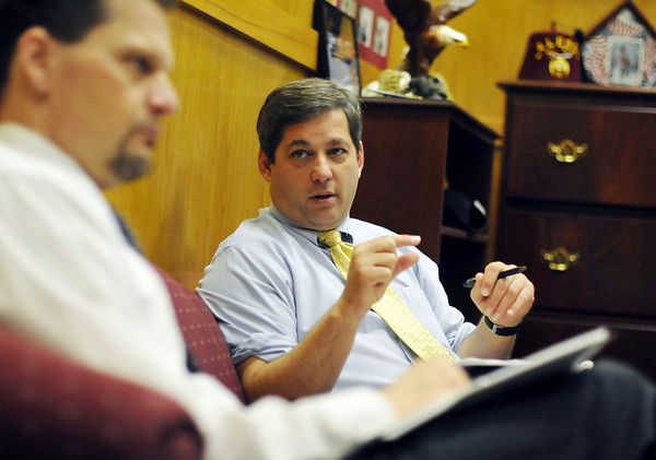 Boston: Senator Bruce Tarr leads a meeting with the GOP caucus including Senator Bob Hedlund, left, at the State House.  photo by Mark Teiwes  / Salem News