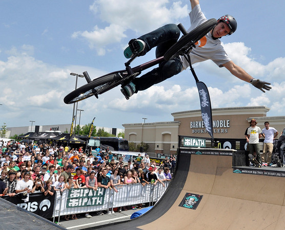 Peabody: Marcus Tooker shows off his tricks to the crowds including a no hand jump during Journeys Backyard BBQ Tour at Northshore Mall on Saturday. photo by Mark Teiwes / Salem News
