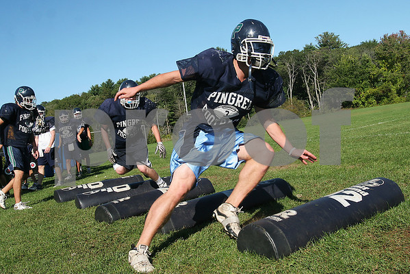 Hamilton: Pingree wide receiver Derek Pratt cuts during a drill at the team's practice on Thursday. Photo by Matt Viglianti/Salem News Thursday, September 18, 2008