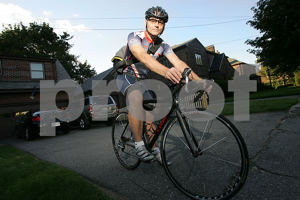 Swampscott: Tom Mauceri of Swampscott has been biking to work in Boston since 1990. Photo by Matt Viglianti/Salem News Tuesday, August 19, 2008