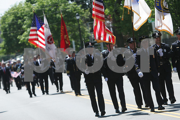 Salem: The Salem Memorial Day Parade makes its way up North Street on Monday morning. Photo by Matthew Viglianti/Staff Photographer Monday, May 25, 2009.