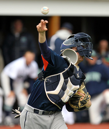 FILE PHOTO. Peabody native and Salem State University sophomore catcher Genaro Ciulla (24). DAVID LE/Staff photo. 4/23/14