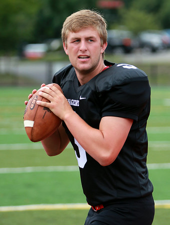 Marblehead senior quarterback Spencer Craig will be the signal caller for the Magicians in 2014. DAVID LE/Staff photo. 8/22/14.