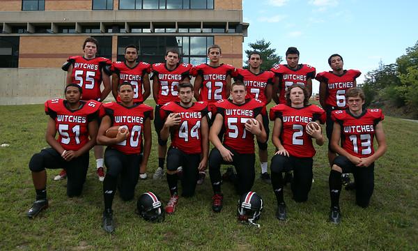 Salem High School football senior class of 2015. DAVID LE/Staff photo. 8/28/14.