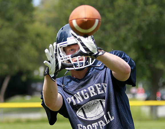 Pingree senior Erik Fyrer will lead the Highlanders receiving corp this fall. DAVID LE/Staff photo. 8/21/14.