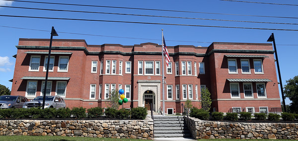 DAVID LE/Staff photo. The former McKay Elementary School on McKay Street in Beverly has been turned into 32 luxury apartments with one and two bedroom floor plans. 8/29/16.