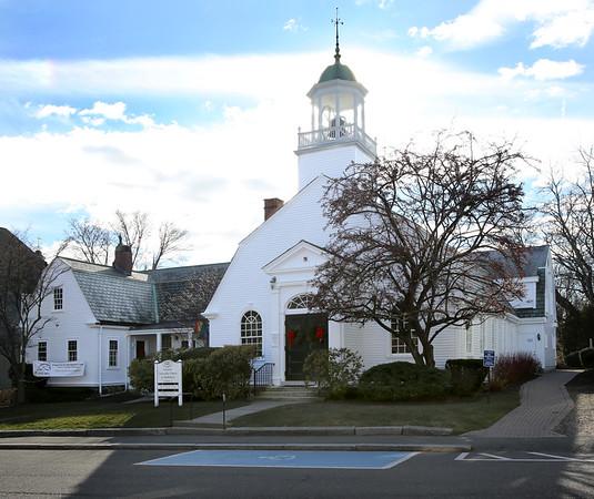 KEN YUSZKUS/Staff photo.    The Unitarian Universalist Church of Marblehead on Mugford Street.      12/28/15.
