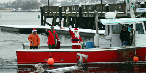Santa Claus Arrives in Beverly