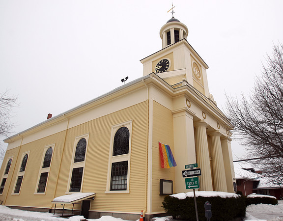 First Parish Church in Downtown Beverly. DAVID LE/Staff photo