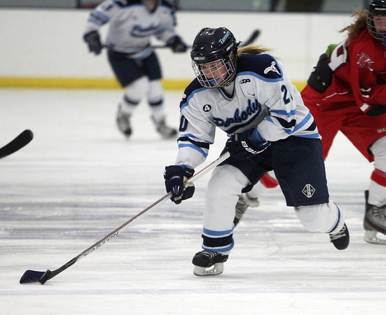 Peabody: Peabody right wing Alise Murphy (20) flies up the middle of the ice against Masco on Wednesday afternoon. DAVID LE/Staff Photo