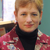 "Ken Yuszkus/Staff photo:  Marblehead:  Alexandra MacAaron, author of book about parenting a 'tween' called ""Lovin' the Alien."""