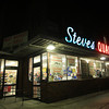 Salem: Steve's Quality Market. DAVID LE/Staff Photo
