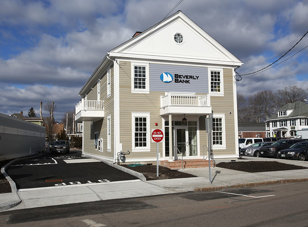new Beverly Bank building in Danvers