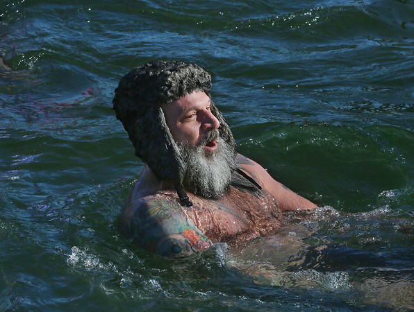 'Freeze Your Tush Off for Charity' Ocean Dip