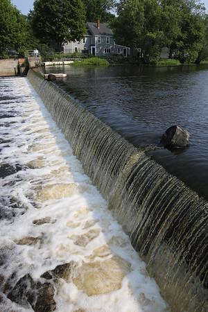 KEN YUSZKUS/Staff photo.  The dam on the Ipswich River in downtown Ipswich. 7/6/15