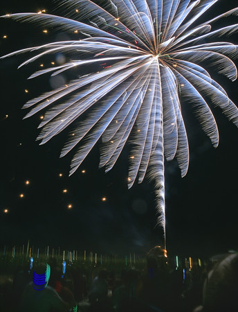 Fireworks over Derby Wharf in Salem for 2016 Fourth of July festivities.<br /> <br /> Photo by joebrownphotos.com