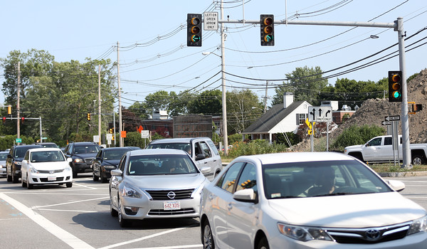 DAVID LE/Staff photo. Traffic at the Route 128 and Route 62 intersection in Danvers has been worsened by a few changes to lights. 7/20/16.