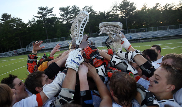DAVID LE/Staff photo. The Ipswich Tigers celebrate their win over Pentucket in the D3 North Final. 6/10/16.
