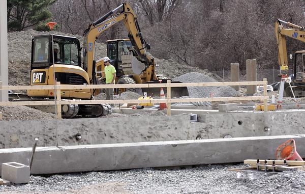 KEN YUSZKUS/Staff photo.     The Ipswich YMCA construction continues.    03/31/16