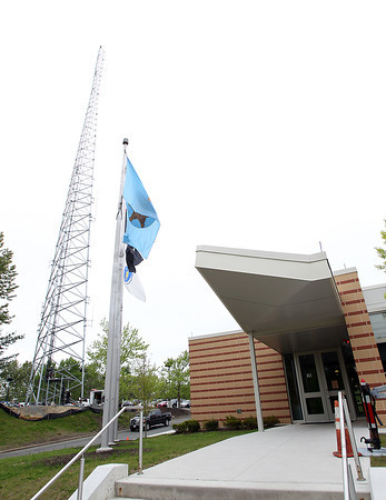 A new antenna for the Regional Emergency Communication Center of Essex County has been put up adjacent to the new Command Center at the Middleton Jail. DAVID LE/Staff photo. 5/27/14.