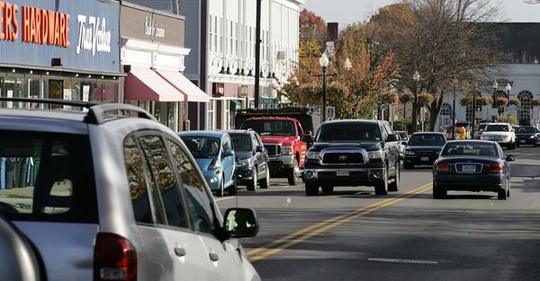 KEN YUSZKUS/Staff photo.   Maple Street traffic in downtown Danvers.    11/02/15.