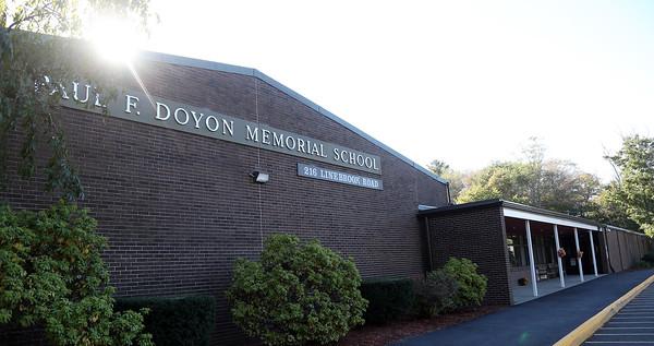 DAVID LE/Staff photo. Doyon School on Linebrook Road in Ipswich. 10/4/16.
