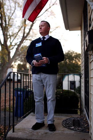 HADLEY GREEN/Staff photo<br /> Salem mayor candidate Paul Prevey campaigns on Scenic Ave in Salem ahead of the election next week.<br /> <br /> 10/27/17