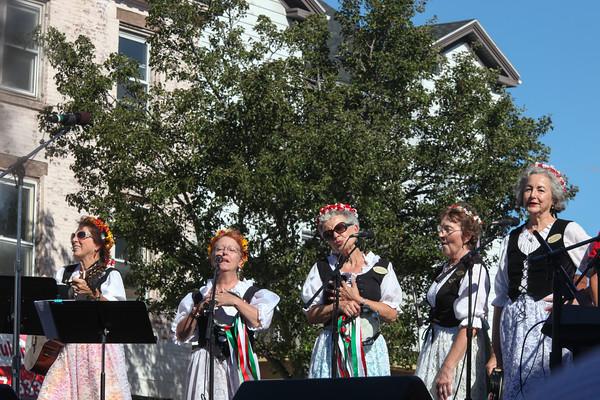 Photo/Reba Saldanha Members of the Italian Serenaders sing at the international festival in Peabody Square Sunday Sept 11, 2016.