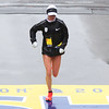 HADLEY GREEN/Staff photo<br /> Marblehead's Shalane Flanagan comes in seventh at the 122nd Boston Marathon. <br /> <br /> 04/16/18
