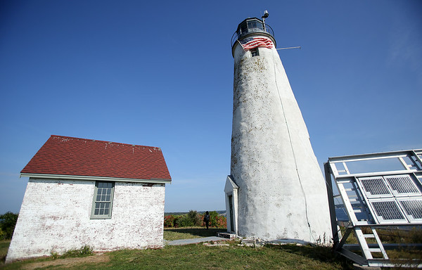 The lighthouse on Bakers Island, a property which was recently turned over from the United State Coast Guard to the Essex National Heritage Commission. DAVID LE/Staff photo. 8/27/14.