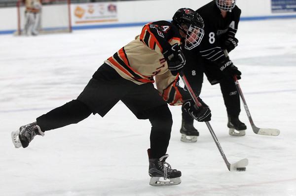 Beverly vs Winthrop NEC Girls Hockey