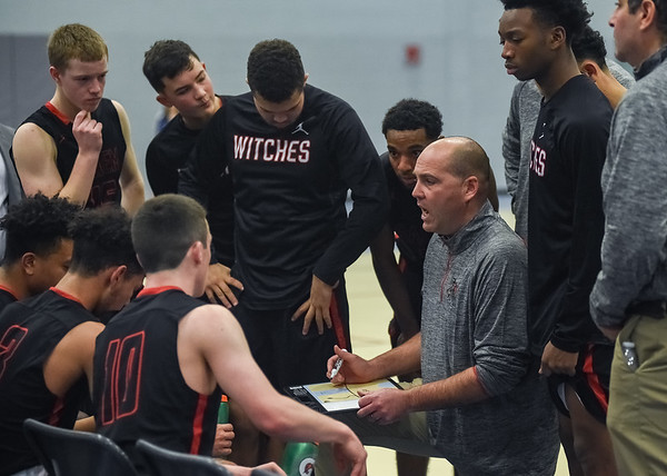 Salem vs Danvers - boys basketball