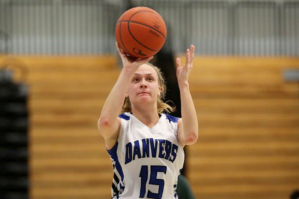 HADLEY GREEN/Staff photo<br /> Danvers' Sarah Unczur (15) shoots at the Danvers v. Lynn Classical girls basketball game at Danvers High School.<br /> <br /> 02/06/18