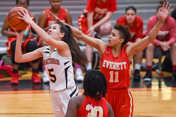 Everett vs Beverly - girls basketball