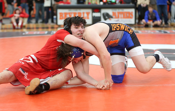 HADLEY GREEN/Staff photo<br /> Masconomet's Johnny Petrillo and Georgetown/Ipswich's Matt Mansfield compete at the annual CAL/NEC Open at Beverly High School.<br /> <br /> 01/27/18