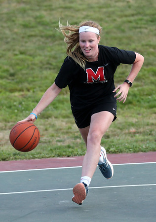 HADLEY GREEN/Staff photo<br /> Rory Schauder, 16, of Marblehead, plays in a 3 on 3 game. 8/01/17
