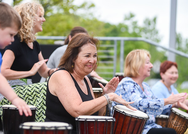 Northshore Mall offering outdoor entertainment
