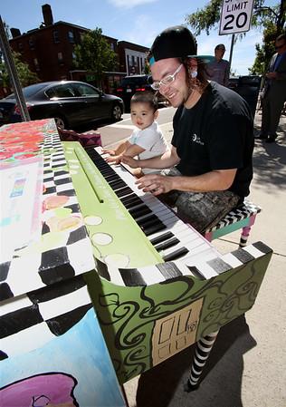 Play us a Tune public piano project