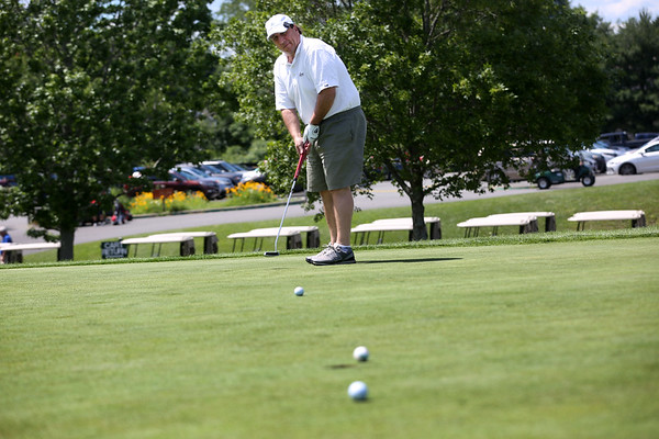 HADLEY GREEN/ Staff photo<br /> Joe Zarella of Peabody putts at the The Meadow golf course in Peabody. 6/21/17