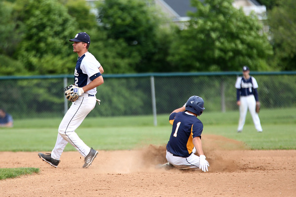 Staff photo/ HADLEY GREEN<br /> Danvers' Thomas Mento (2) plays defense on second base. <br /> <br /> 06/07/2018