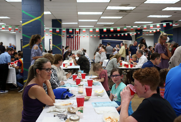 Staff photo/ HADLEY GREEN<br /> On Tuesday evening, Swampscott Middle School held a charity dinner to support Feeding America. The event is organized by teacher Brandon Lewis. <br /> <br /> 06/12/2018