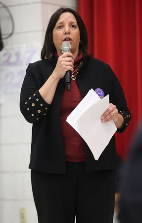 HADLEY GREEN/ Staff photo<br /> Salem Mayor Kim Driscoll discusses the Sanctuary for Peace ordinance at a public hearing held at the Bentley School on Wednesday evening.