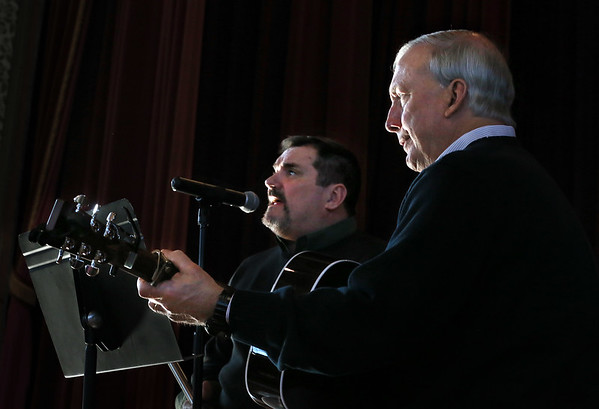 "MIKE SPRINGER/Staff photo<br /> Kevin Lahy, left, of Beverly and Skip Tobin of Ipswich perform as ""Lahy & Tobin"" during the annual St. Patrick's Day breakfast Saturday at Peabody City Hall.<br /> 3/17/2018"
