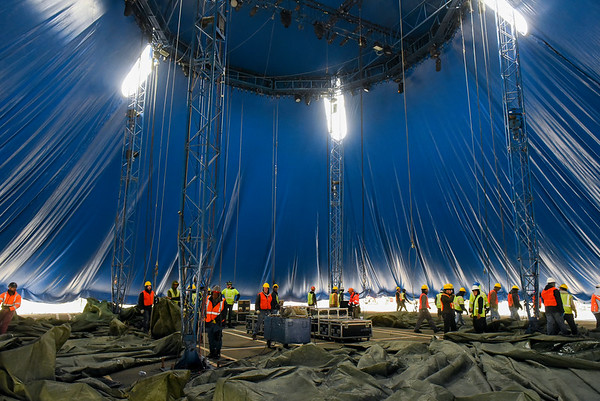 Raising of the big top for the Big Apple Circus